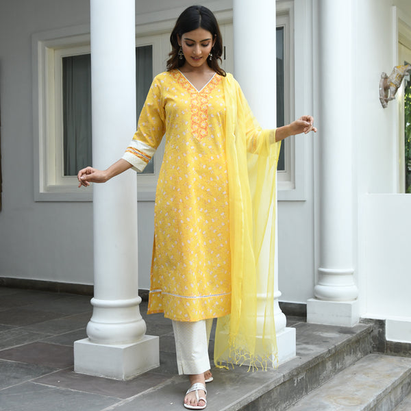 yellow cotton suit with doriya dupatta