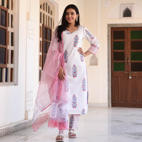 Pink cotton suit with doriya dupatta