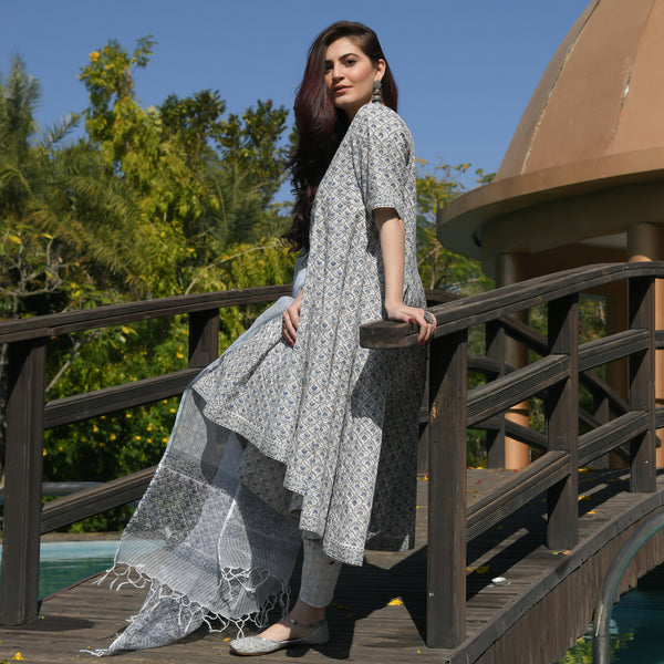 shop amazing quality cotton suit with doriya dupatta