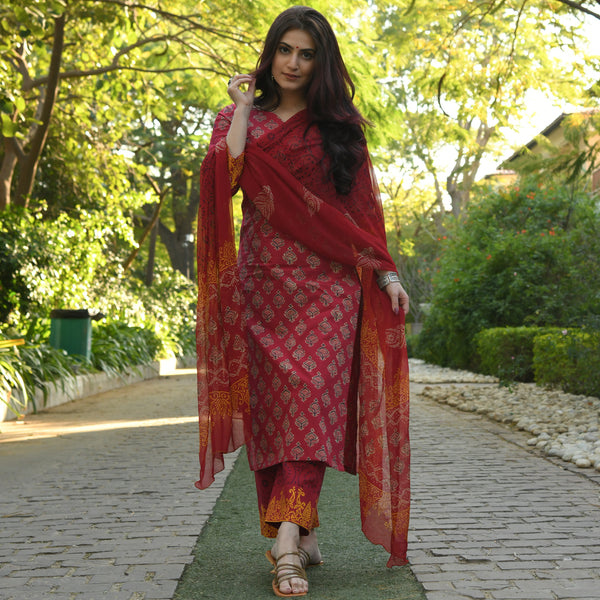 red cotton suit with chiffon dupatta
