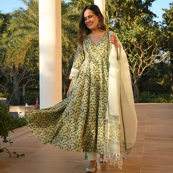 floral cotton suit with doriya dupatta