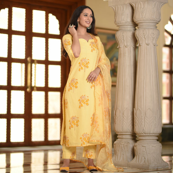 Calm Yellow Cotton Suit Set