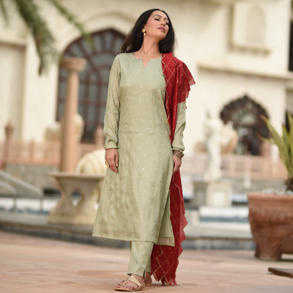 buy silk suit online,buy kurta with maroon dupatta