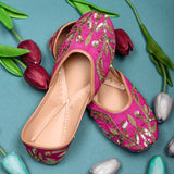 Juttis for women latest design pink