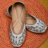 Juttis for women stylish golden