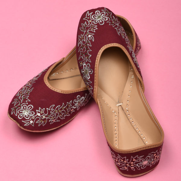 Maroon Juttis for women latest design