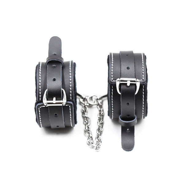 5pcs/set Luxury BDSM Bondage Set Genuine Leather Handcuffs Anklecuffs Collar Gag Whip