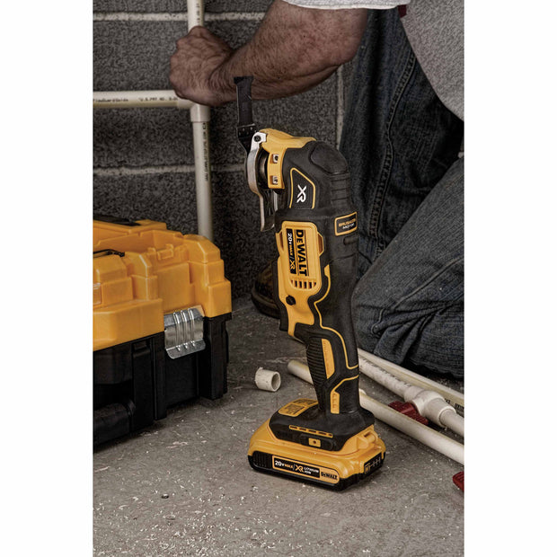 DeWalt DCS355D1 20V MAX XR Lithium Ion Oscillating Multi-Tool Kit