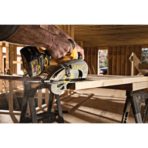 "DeWalt DCS575T1 60V MAX FlexVolt 7-1/4"" Brushless Circular Saw Kit, 1 Battery"