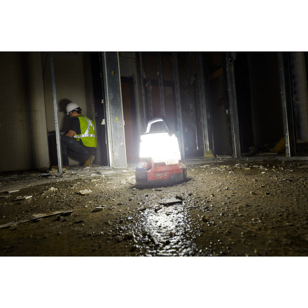 Milwaukee 2145-20 M18 RADIUS LED Compact Site Light