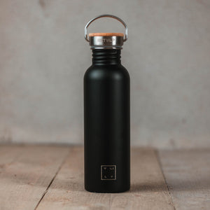 Drinking bottle with bamboo cap 750ml - black