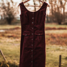 Load image into Gallery viewer, Ribbed velvet Burgundy dress -30%