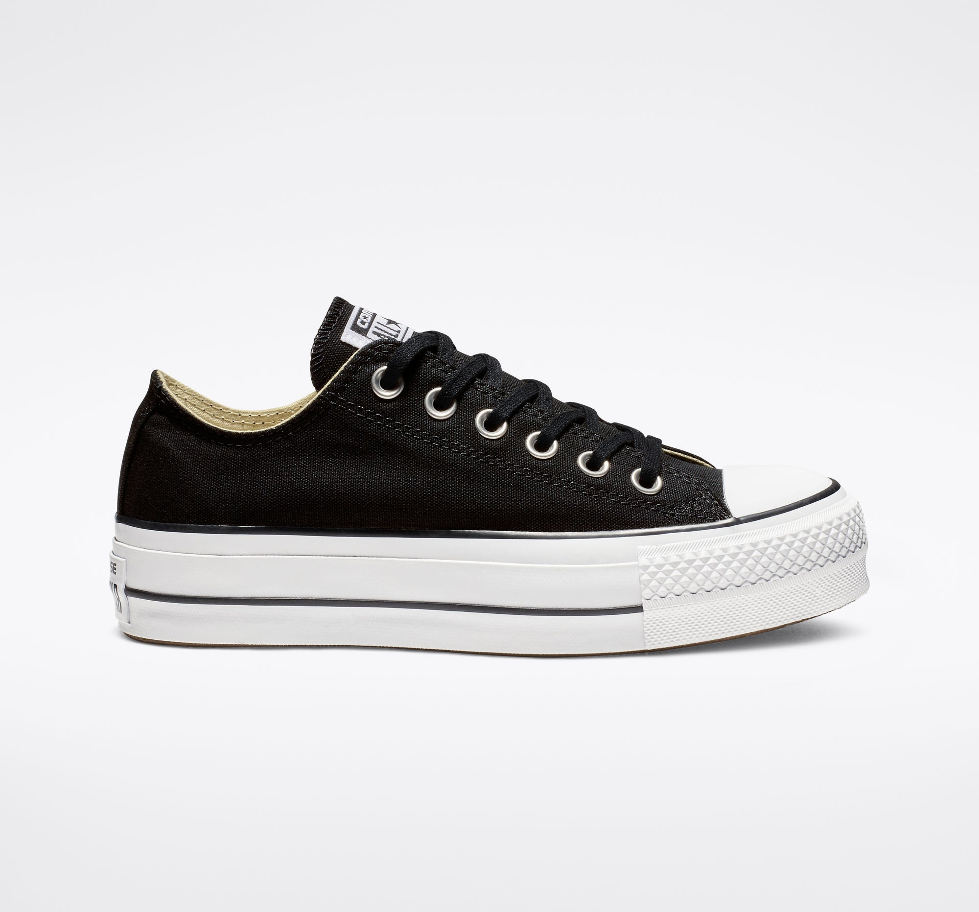 low priced e8bf4 c971f Women s Chuck Taylor All Star Platform Low Top - Black White