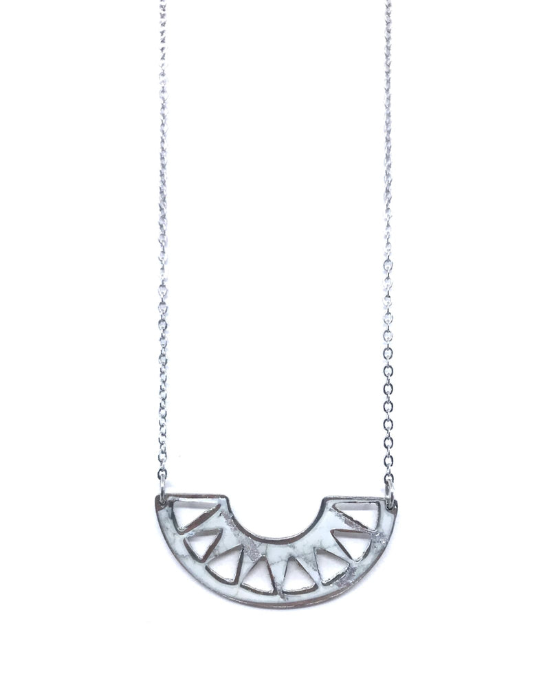 Cora necklace - White marble pewter