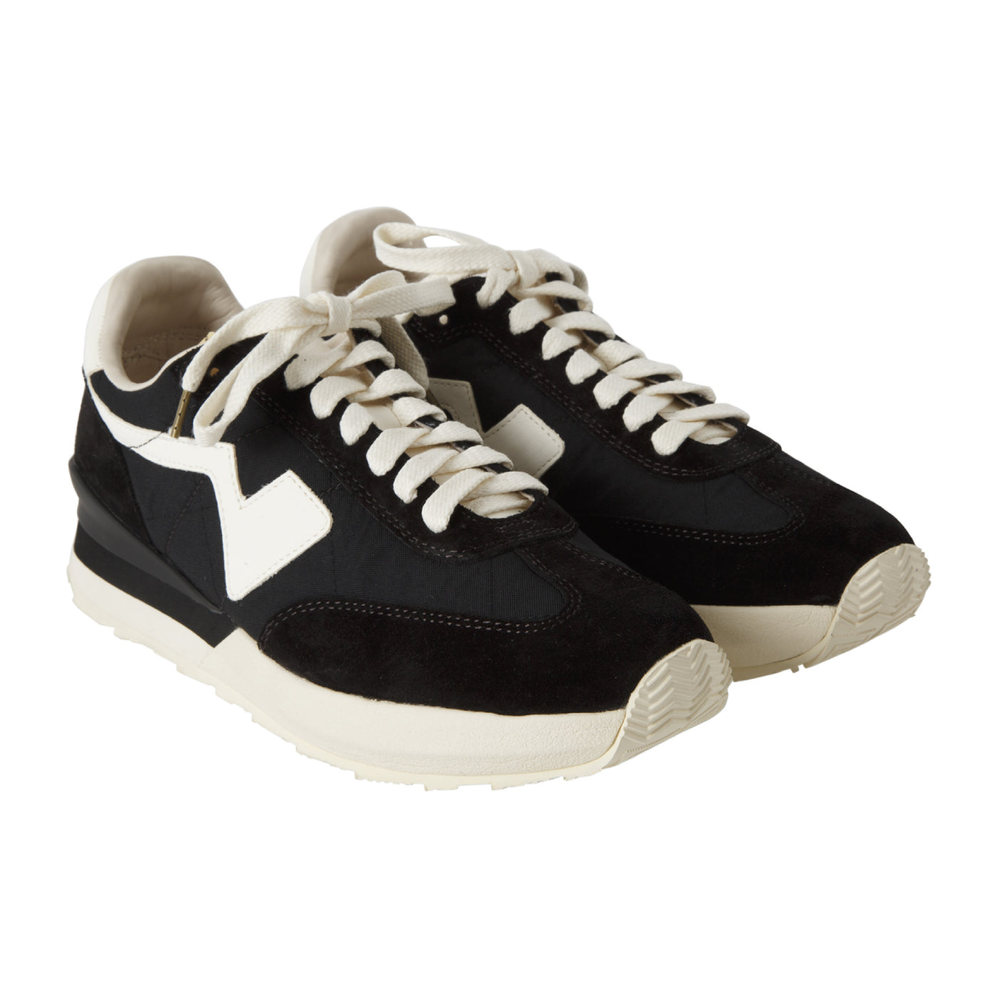 Load image into Gallery viewer, VISVIM FKT RUNNER SNEAKERS BLACK