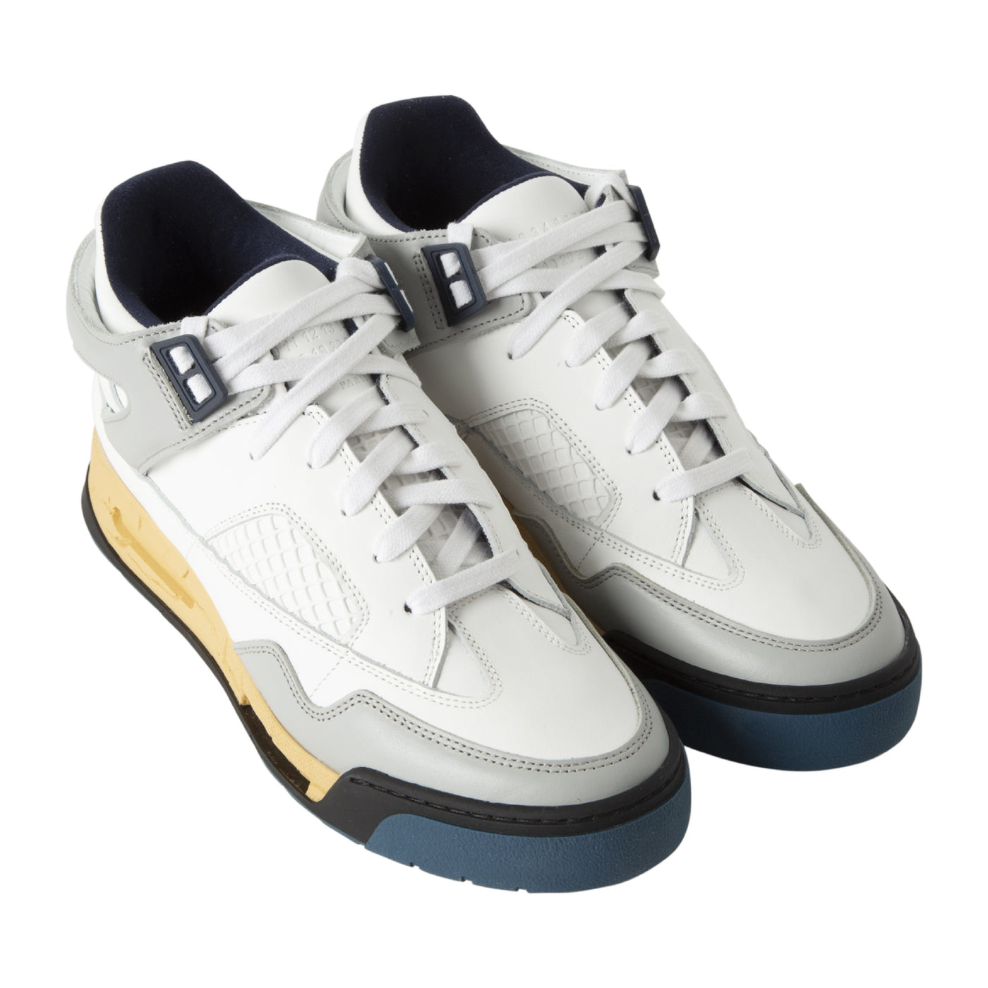 Load image into Gallery viewer, MAISON MARTIN MARGIELA HIGH-TOP SNEAKERS WHITE