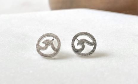 Make A Wave Stud Earrings