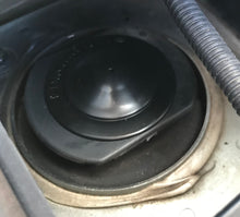 Load image into Gallery viewer, Nissan LEAF suspension strut caps