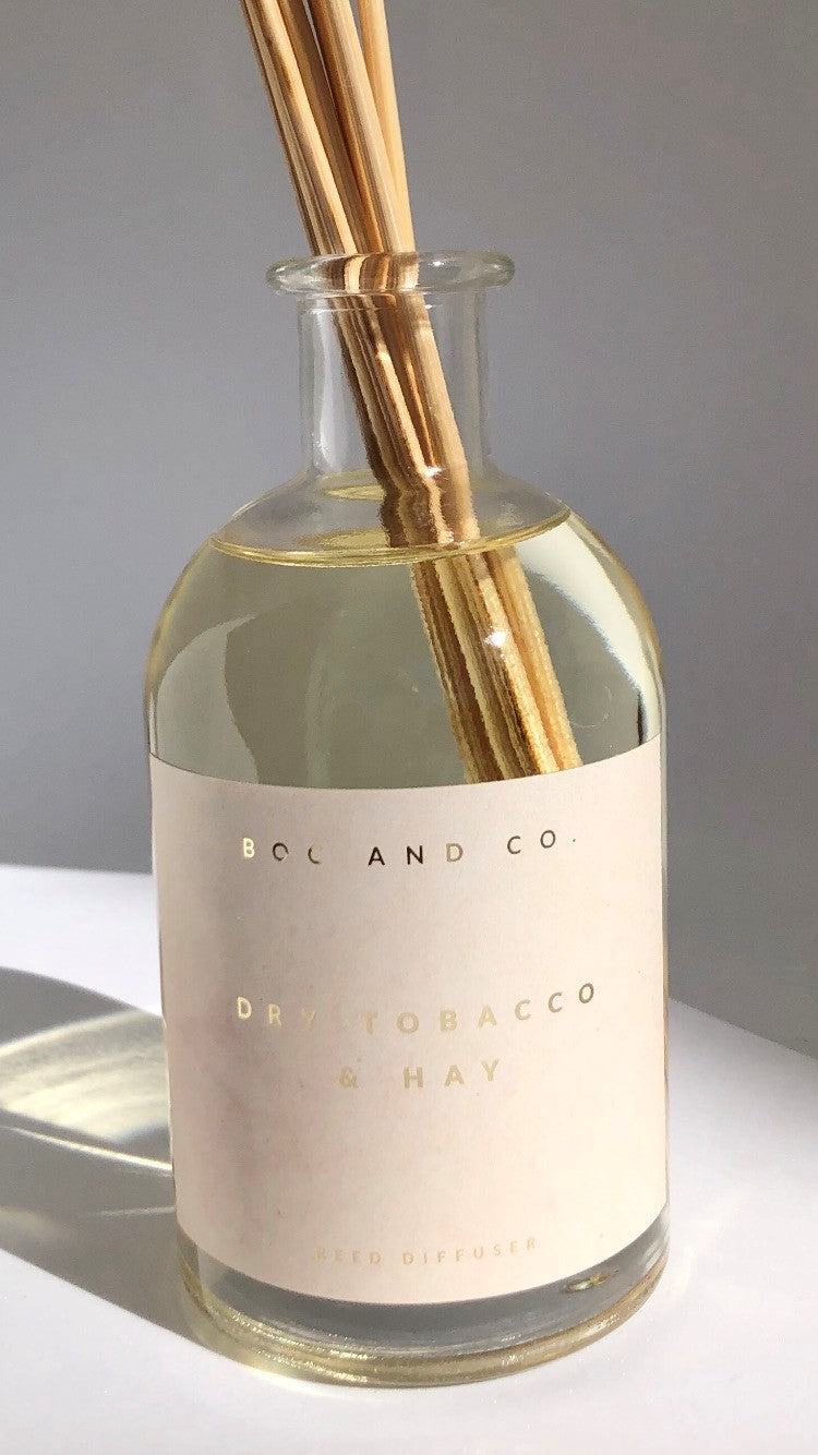 Classic Reed Diffuser | Dry Tobacco & Hay