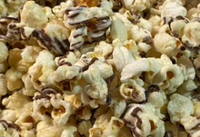 Country Popcorn with Chocolate Drizzle