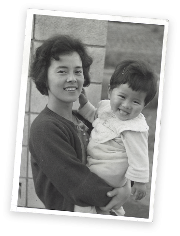 Young Akira Kodama with his mother