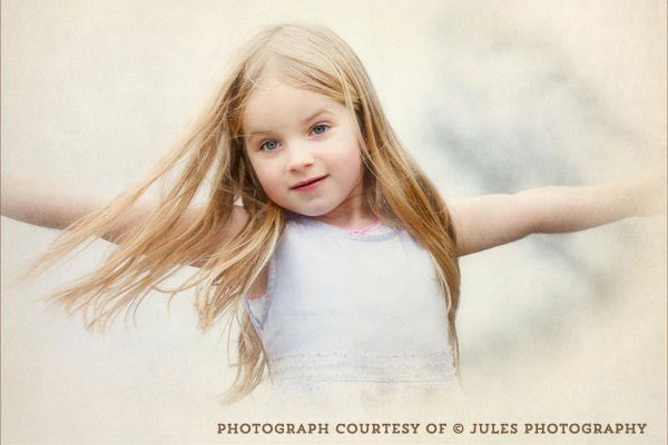 Example of a child portrait using the French Kiss Classique texture collection.