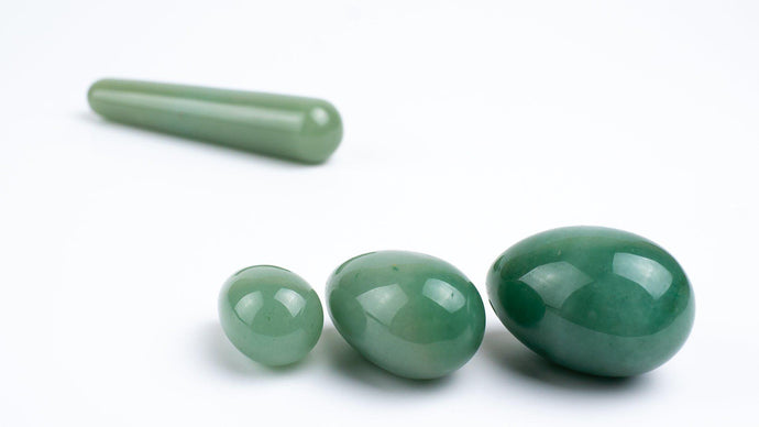 Yoni Egg Set With Wand - Green Aventurine - Chakra Va