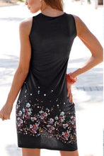 Load image into Gallery viewer, Round Neck  Floral Printed Casual Dresses