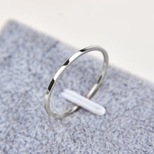 Load image into Gallery viewer, Thread_Titanium Demi Ring