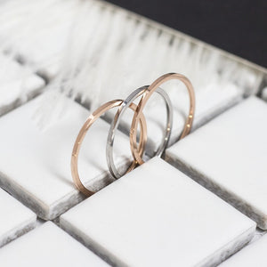 Thread_Stainless Steel Demi Ring