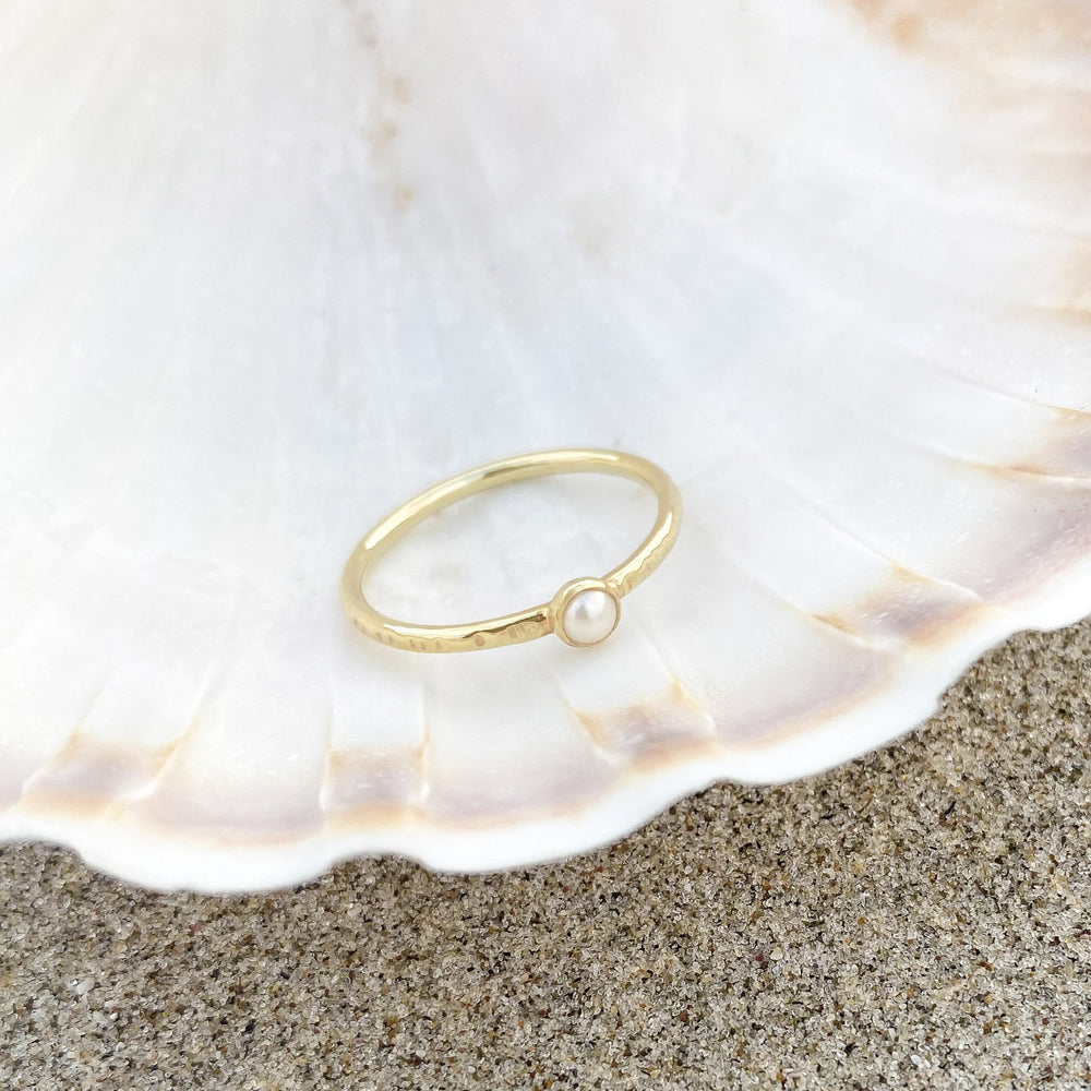 Indah Pearl Ring Gold
