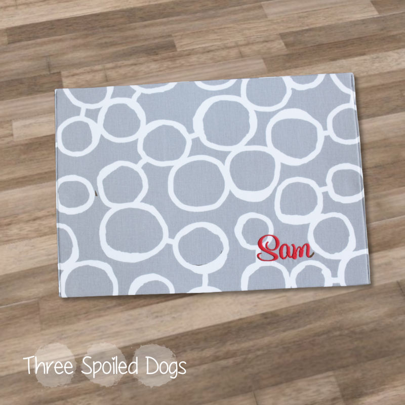 three_spoiled_dogs_personalized_sunlass_print_grey_sam_placemat
