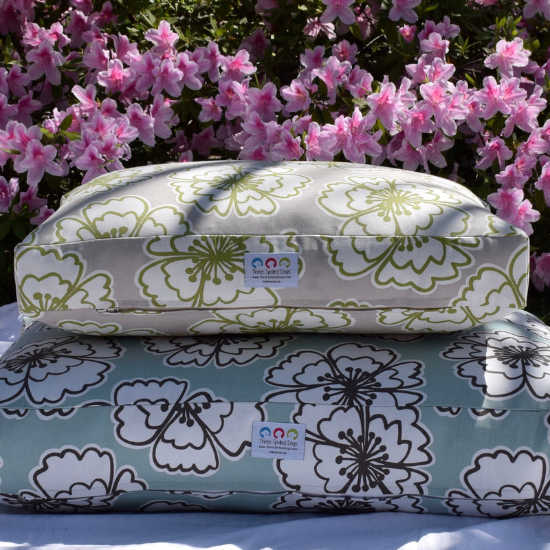 Snappy Poppy Dog Bed Collection