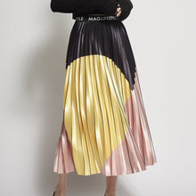 Load image into Gallery viewer, Abstract Pleated Skirt