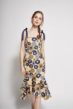 Load image into Gallery viewer, Printed Scallop Dress