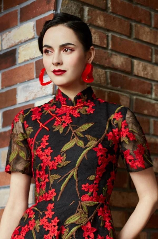 Cassie Embroidered Qipao Red Floral Qipao