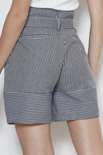 Load image into Gallery viewer, Stripe Short Pants
