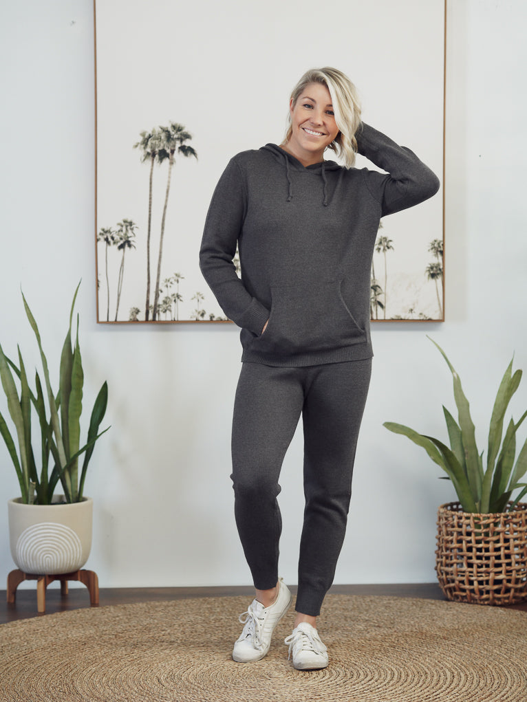 Staying In knitwear set - Charcoal
