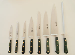8 pc Deluxe Kitchen Knives Set - Carbon Steel