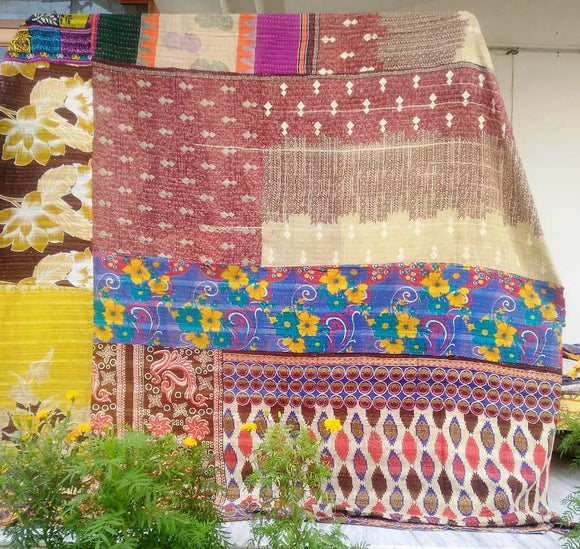 Boho Vintage Kantha Quilt with 2 pillow covers