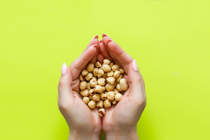 Roasted hazelnuts' nutritions and calories are rich and it has lots of health benefits.