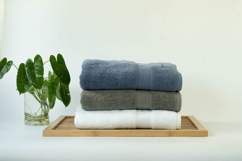 100% Combed Cotton, Lint-Free, Absorbent & Quick-Drying. Ultra soft cotton bath towels in Weavve Home Singapore Bath Collection.