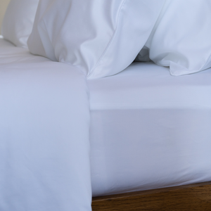 Silky smooth TENCEL™ bed linen sheets, 400 thread count, 100% TENCEL™ Lyocell fibres. Lyocell Fitted Sheet from Singapore Weavve Home Lyocell Collection.