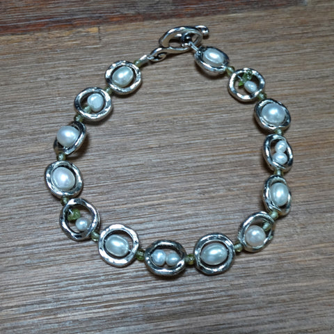 Freshwater Pearl and Peridot Framed Bead Bracelet