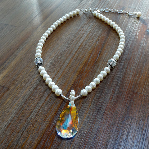 Freshwater Pearl Necklace with Swarovski Crystal Pendant
