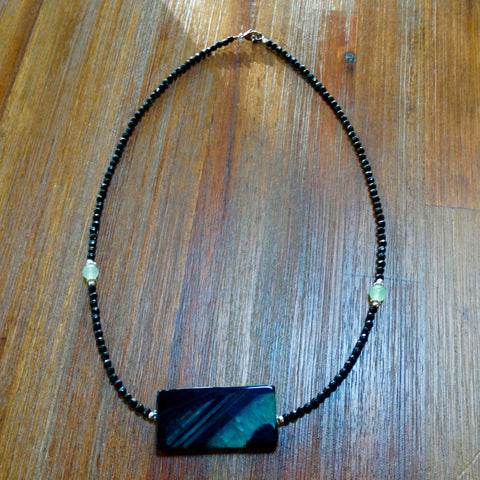Green and Black Agate Necklace with Faceted Crystals and Jade