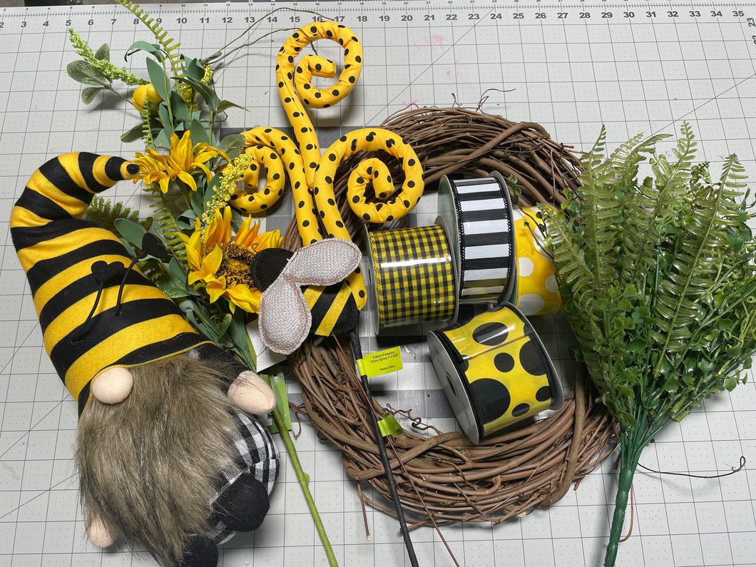 Bee gnome grapevine wreath kit