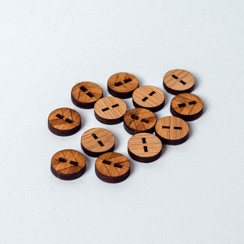 Arrow Mountain Bamboo Button - Chevron 10mm