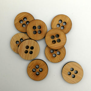 Arrow Mountain Bamboo Button - Knitters 20 mm