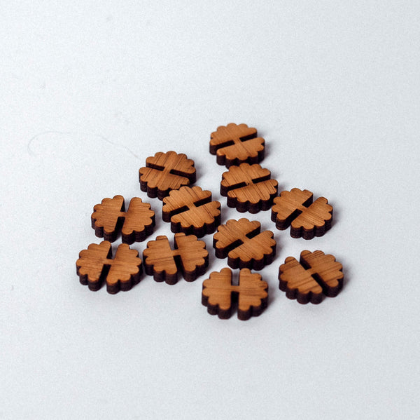 Arrow Mountain Bamboo Button - Flower 12mm x 14mm